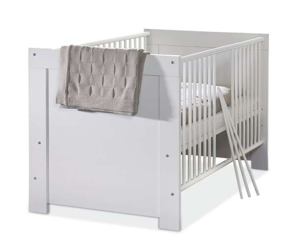 babybett in wei matt mit schlupfsprossen und lattenrost nora m bel jack. Black Bedroom Furniture Sets. Home Design Ideas